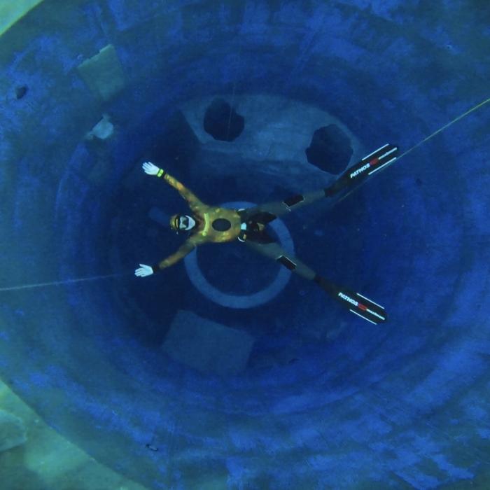 freedive to 20 meters